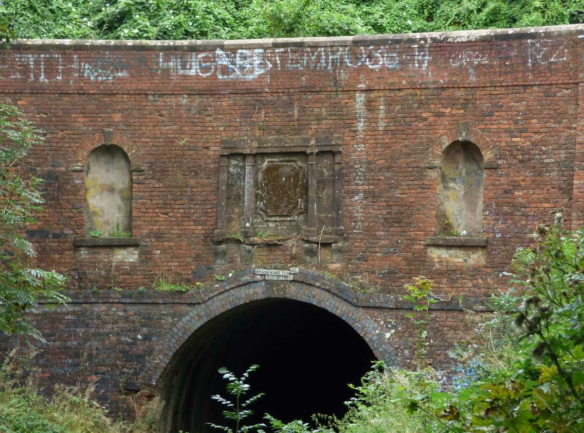 The Brandwood Tunnel on the Stratford-on-Avon Canal